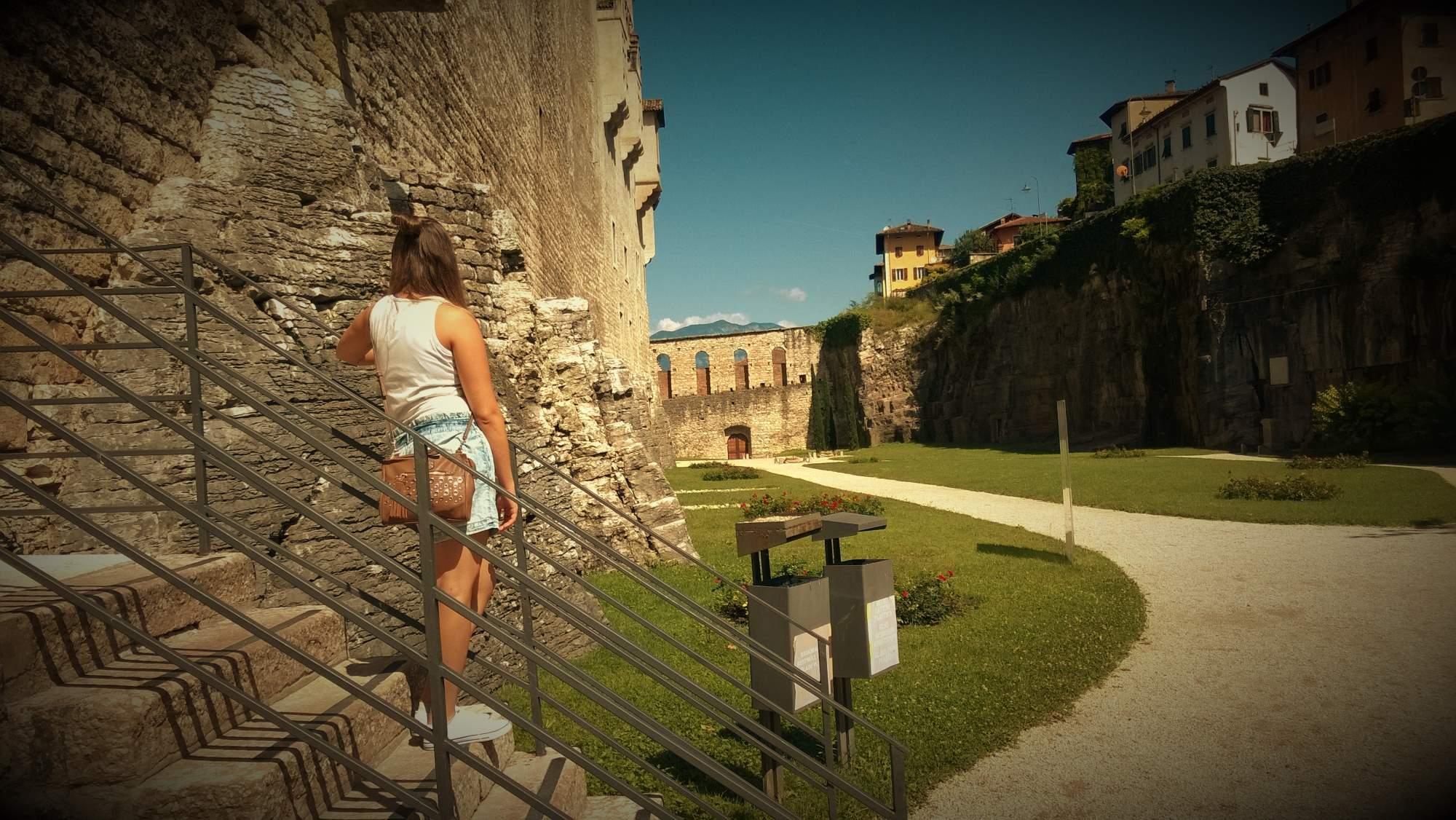 http://img22.rajce.idnes.cz/d2201/13/13110/13110056_85ca4ba35a019d03533c343bf615fafa/images/trento-castello.jpg