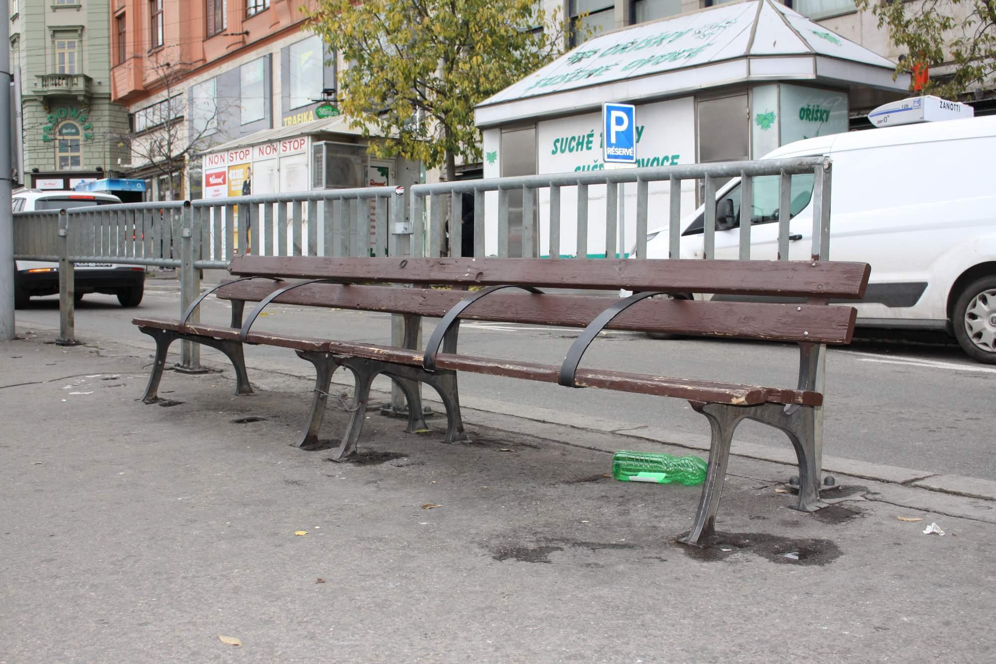 Prostor kolem hlavního nádraží v Brně bude čistější. Foto: Simona Ferulíková