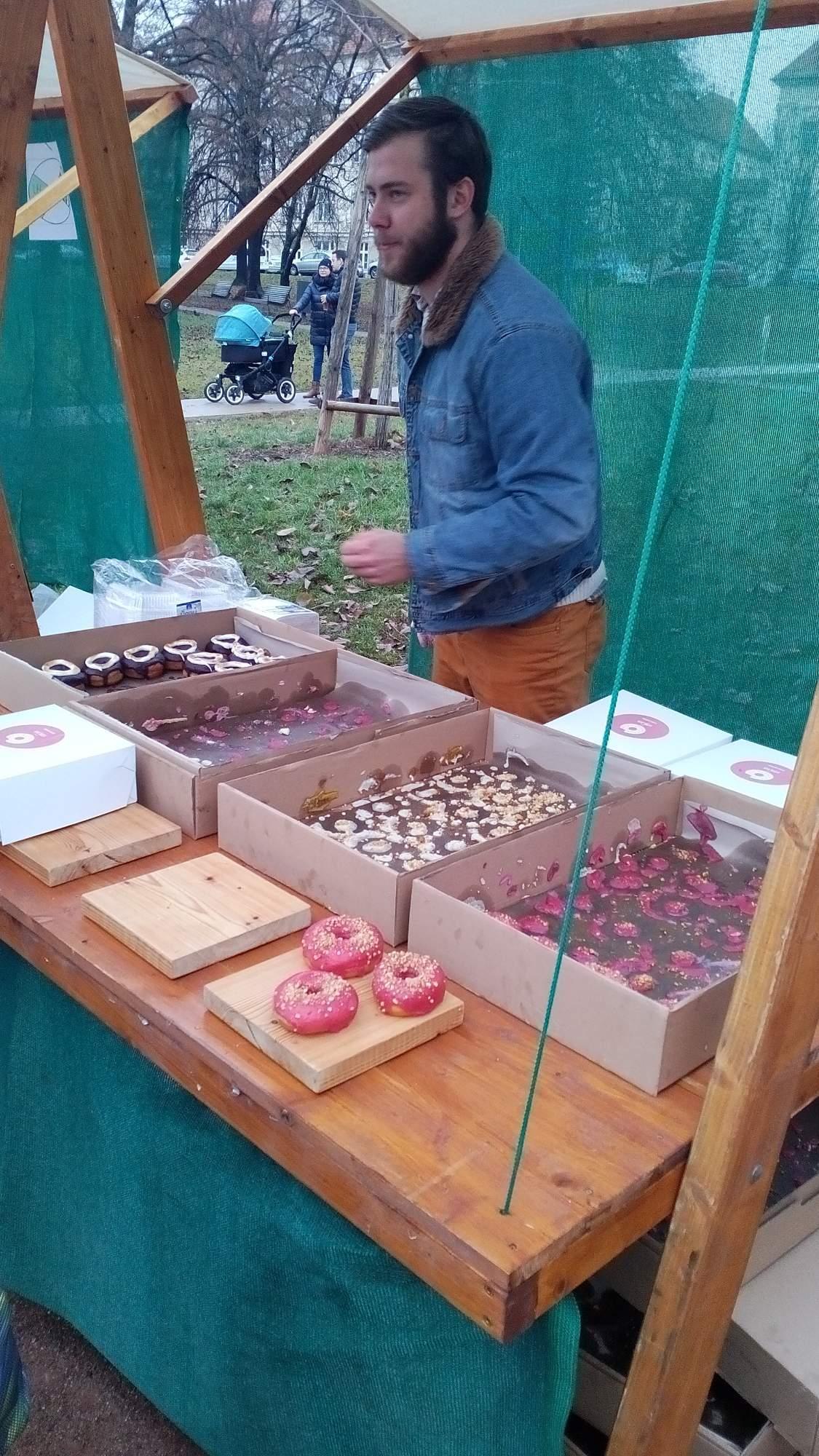Stánek s donouty od pekařství Kobliha Brno
