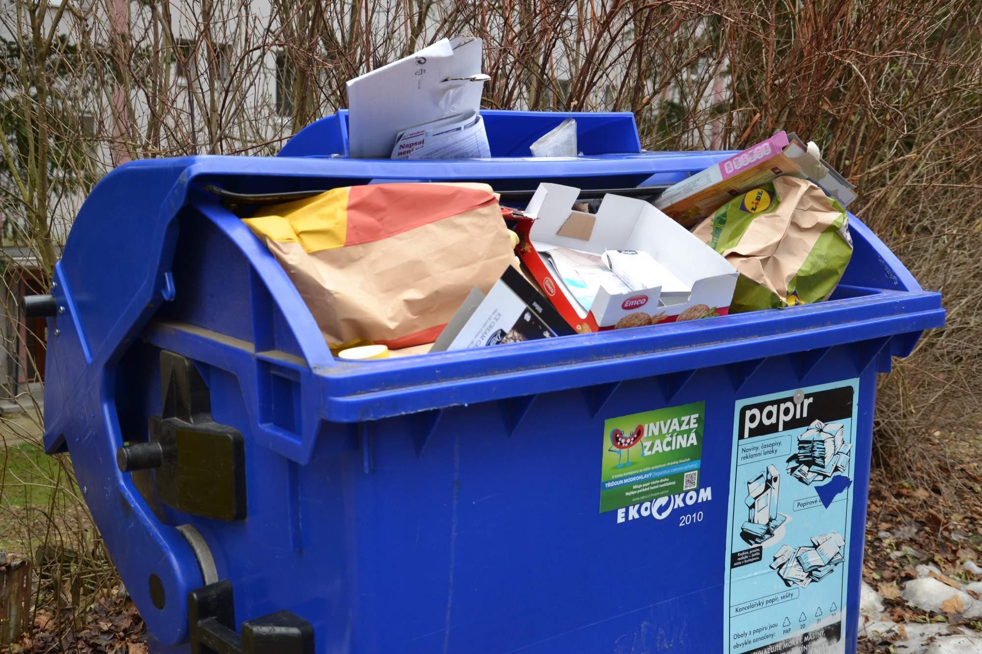 Lidé mohou pomocí aplikace nahlašovat přeplněné kontejnery v Brně.