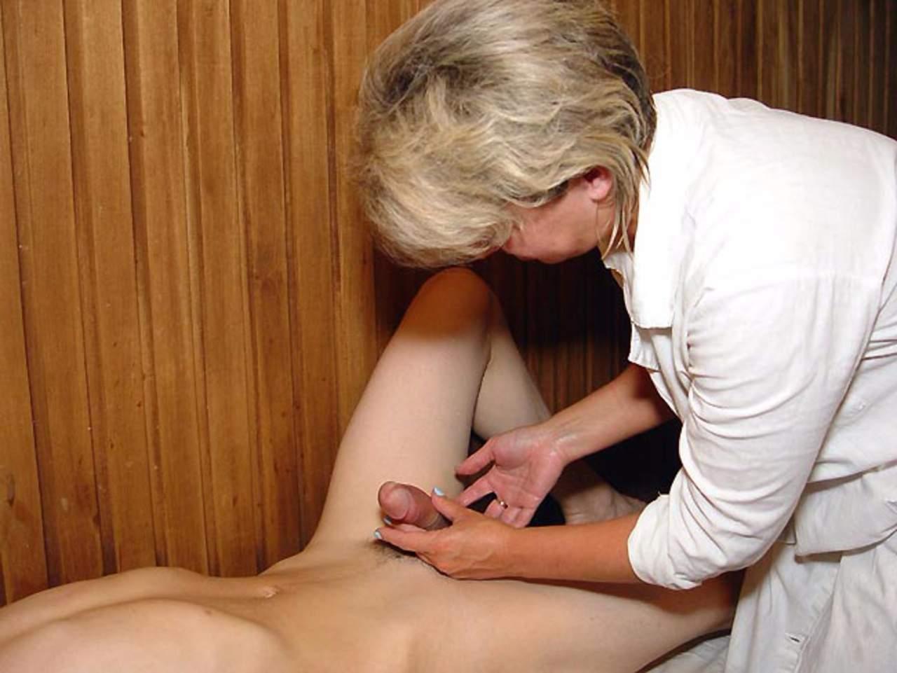 Соглашусь вашей зрелые женщины на массаже