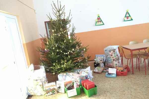 Vánoční nadílka - II. a III. oddělení ŠD