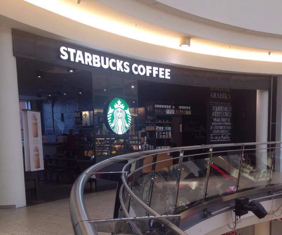 Kaviarne sú obľúbenou zastávkou každého unaveného turistu.