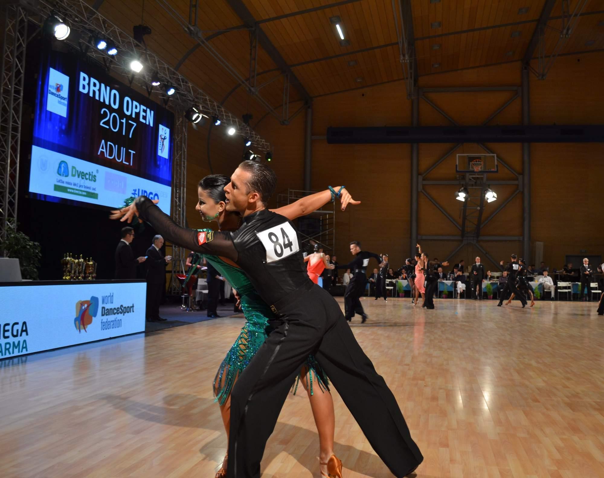 Jen ti nejlepší tanečníci se dostali do večerního finále.