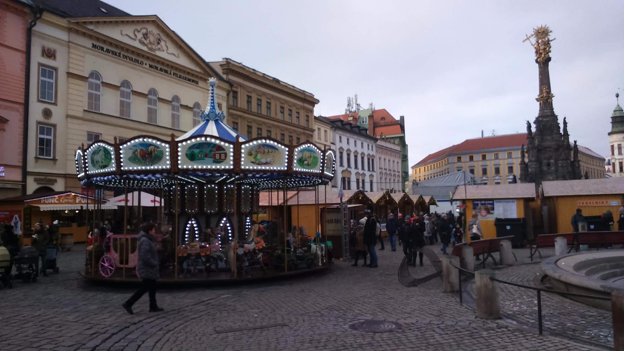 Kolotoč na trzích v Olomouci (Tereza Navrátilová)