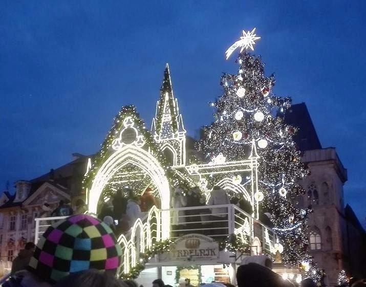 Trhy na pražském Staroměstském náměstí (Jan Středa)