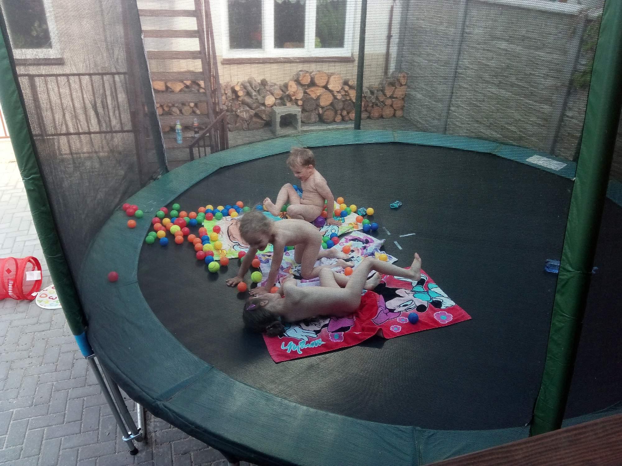 rajce idnes cz boys Idnes.cz Rajce boys pool