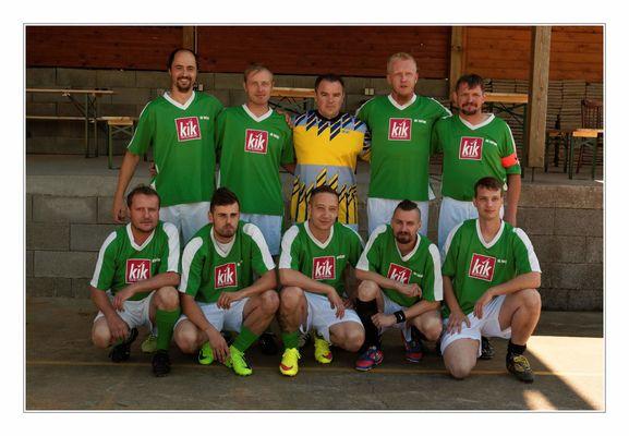 Fotbal - 10 fotbalu  Keywords: Fotbal Tučapy UH