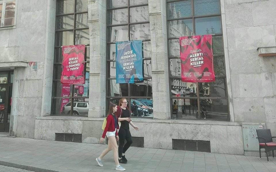 Budova bývalé ČT se stala hlavním štábem organizátorem seriálu. Foto: Vojtěch Labuda