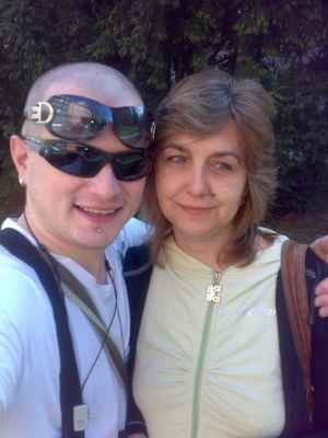 LasardoPictures ™2009 - Já  a Gabika  v Plzni•Léta páně 2009• 3/4  * Foceno:09.04.2009•10:31:15 hod./Plzeň/Selfie #mult #minulost #lasardoPictures #JT81 #love ★ Fotograf:Tamáš.D'J©LasardoPictures_JT81™ * Fotoaparát:Nokia N73.  09042009577.jpg | fotoaparát: Nokia, N73 | datum: 09.04.2009 10:31:15 | čas: 1/333 s | clona: F2.8 | ohnisko: 5.6 mm | ISO: 100  Nahrané z WiFi v OC Plaza Plzeň dne 16.5.2018.